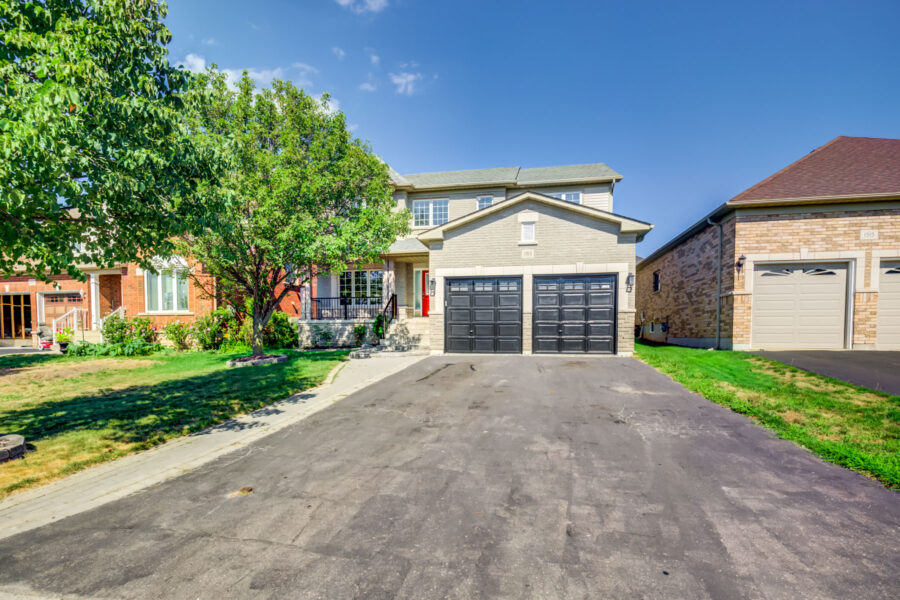 1513 Greenvalley Trail Oshawa